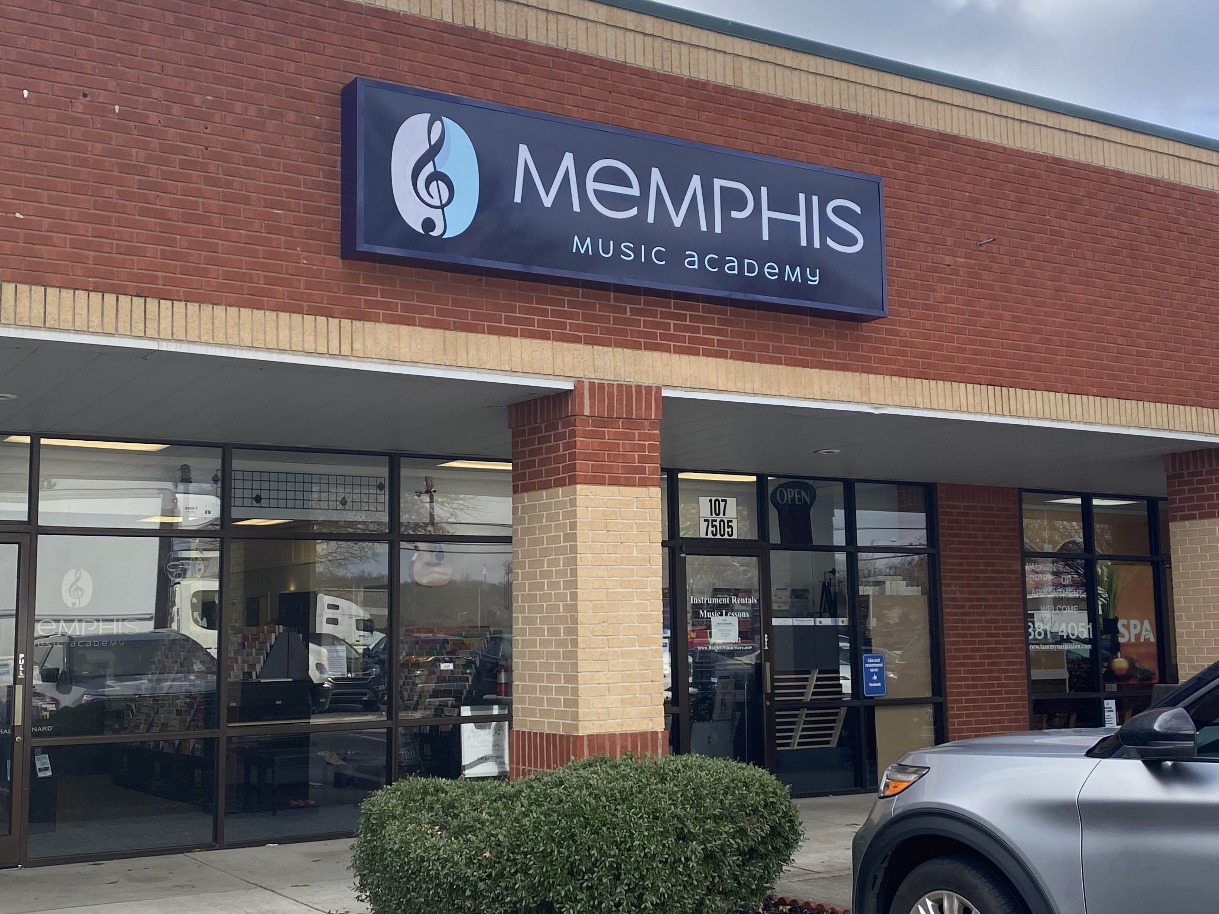 Exterior photo of the Memphis Music Academy building,
