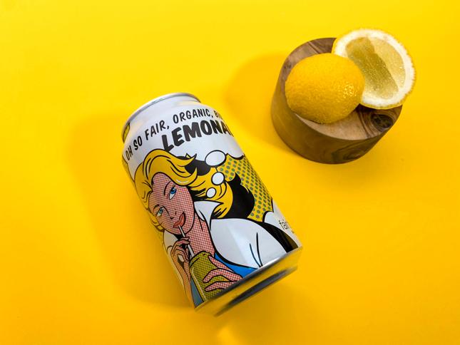 Limonade pétillante version équitable au goût rafraîchissant de citron.