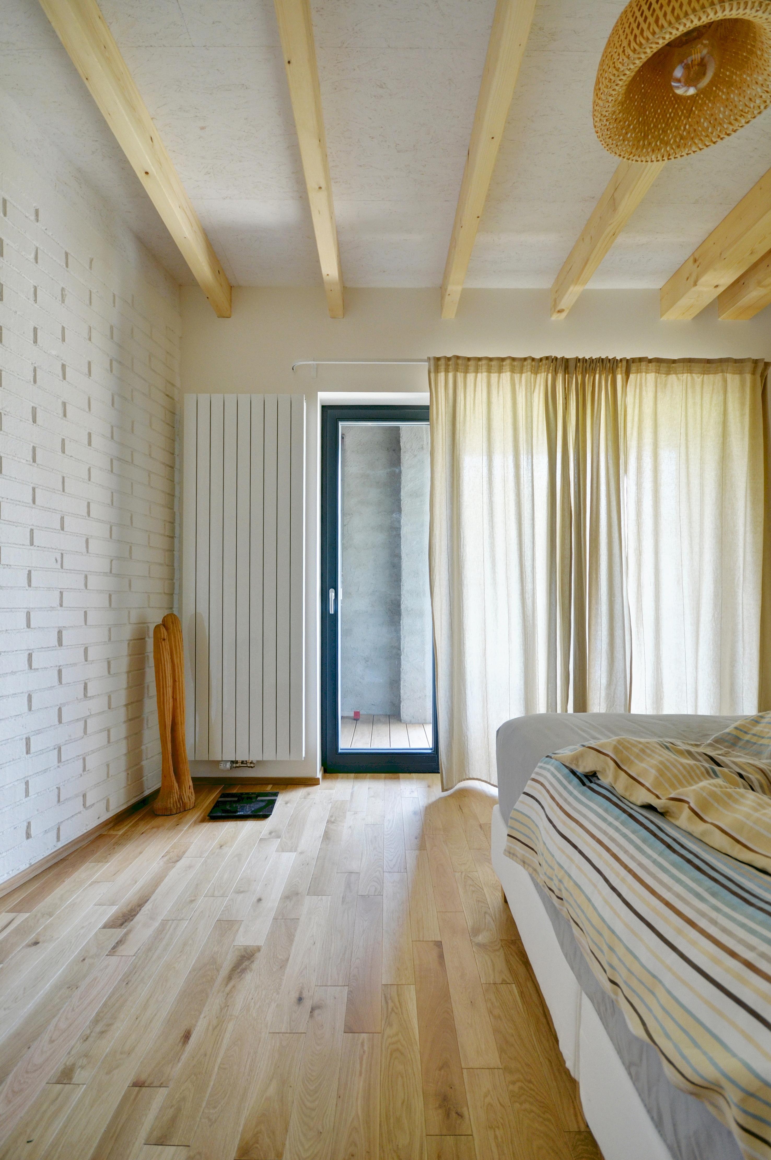 Kolovraty, Chytrý dům, dřevostavba, vestavba, salon dřevostaveb, ložnice, interiér