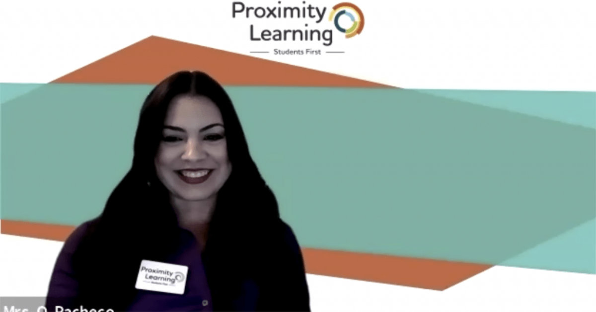 Odalys Pacheco teaches in virtual learning environment