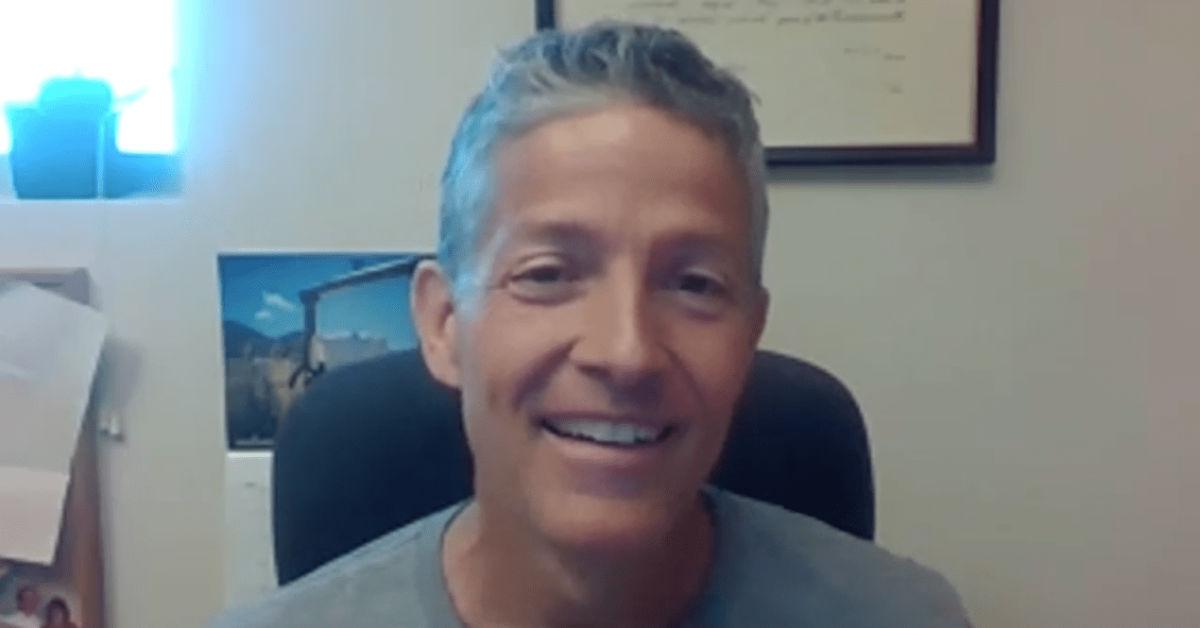 Albert Shank teaches in virtual learning environment