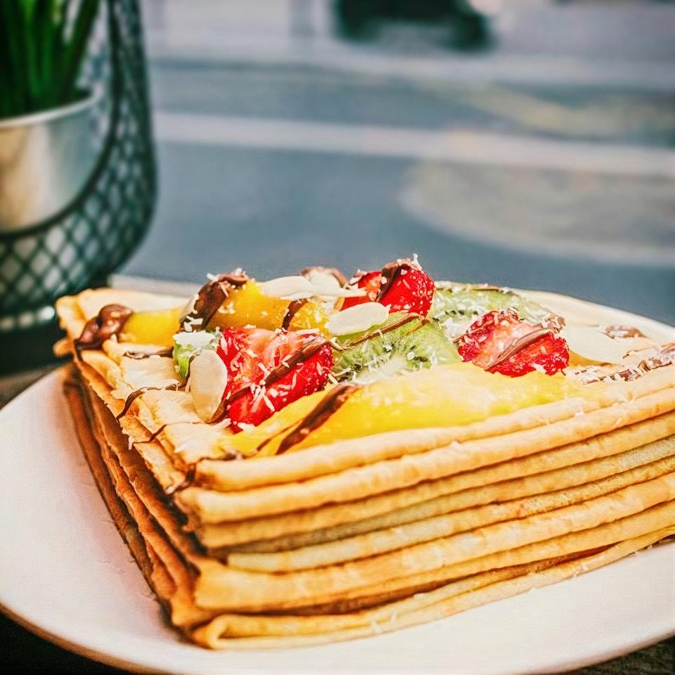 Sucre & Salé, le concept crêpe ! Fruits, kiwis, fraises, ananas.