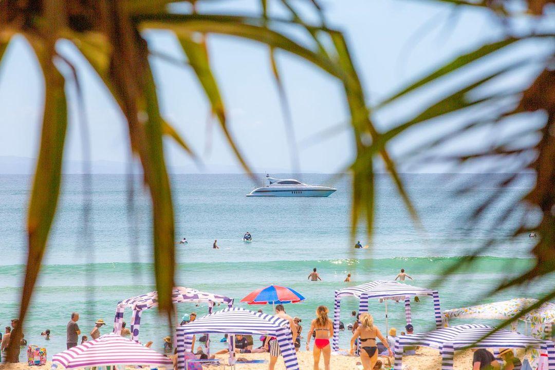 Travis Noosa Heads Guide - Relax at Beach