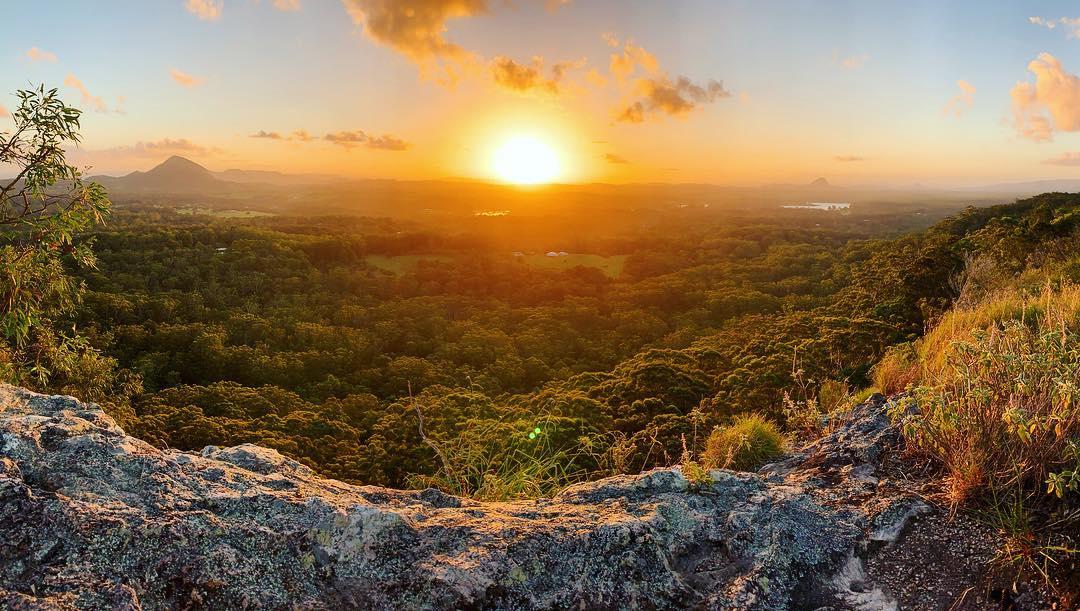 Travis Noosa Heads Guide - Watch Sunset at Mount Tinbeerwah