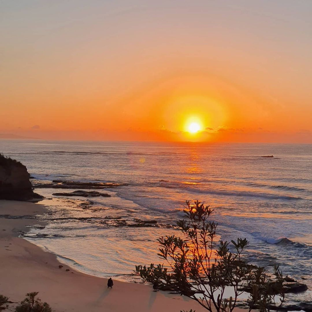 Travis Road Trips from Sydney Guide - Sunrise at Huskisson