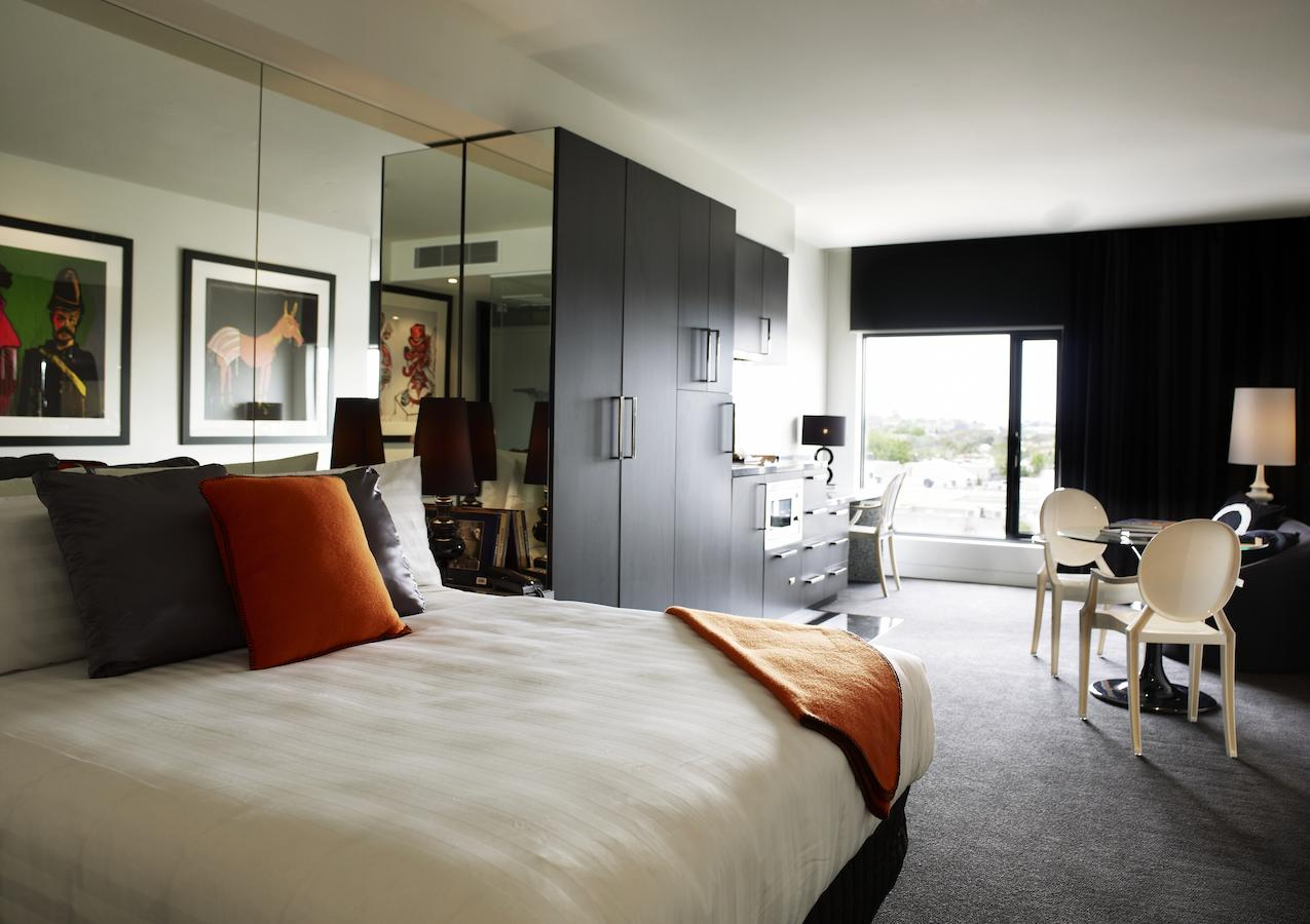 The Cullen Art Series Hotel Melbourne Best Hotels Melbourne 2021 By Travis Travel