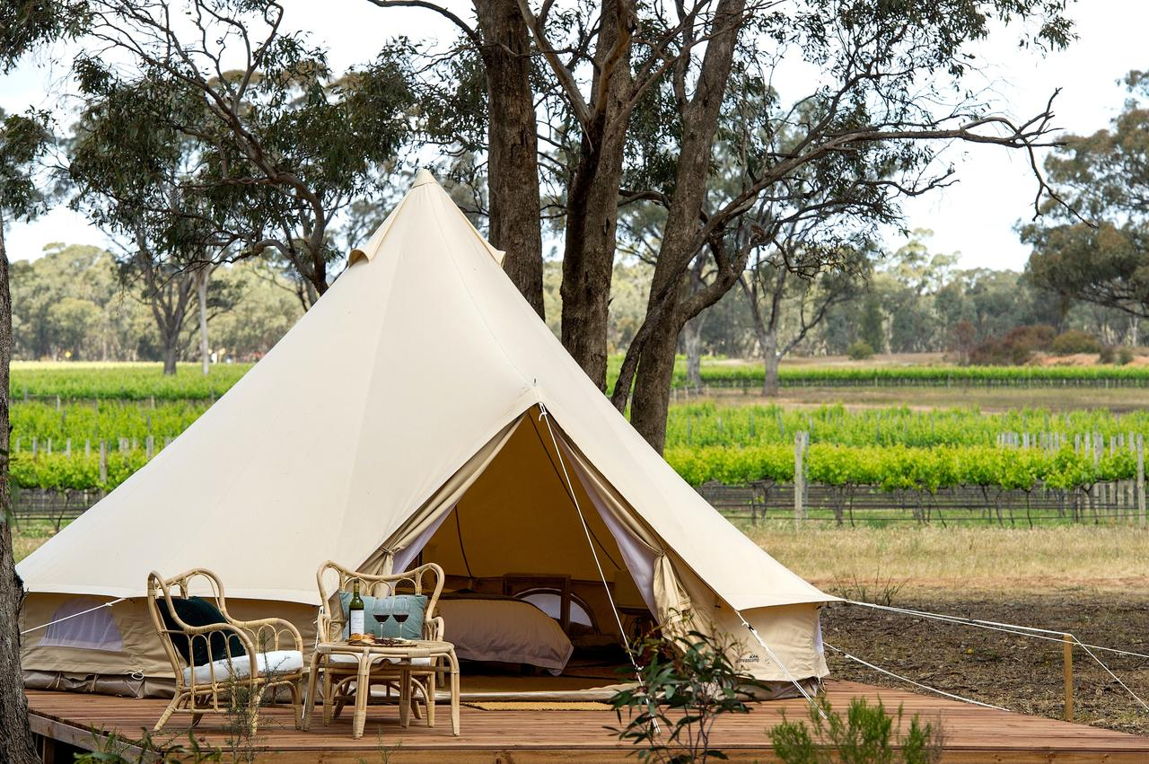 9 Best Regional Victoria Stays Australia Travis Travel Balgownie Estate Bendigo