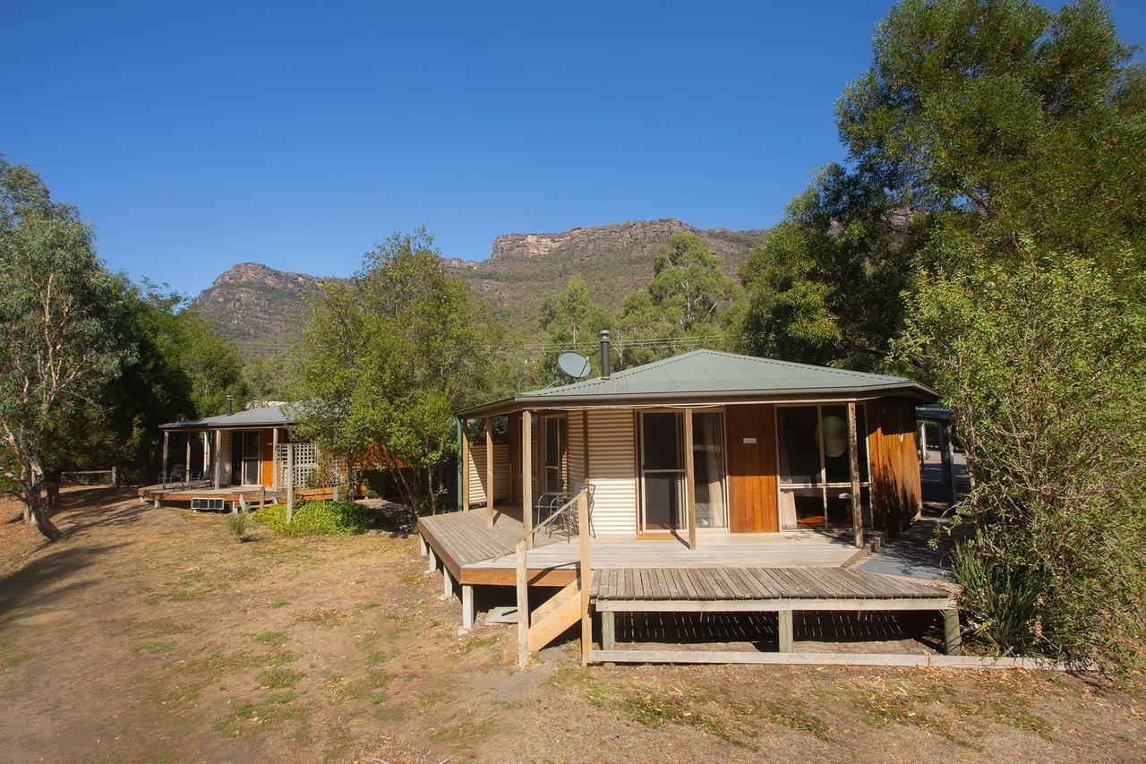 9 Best Regional Victoria Stays Australia Travis Travel Grampians Chalet