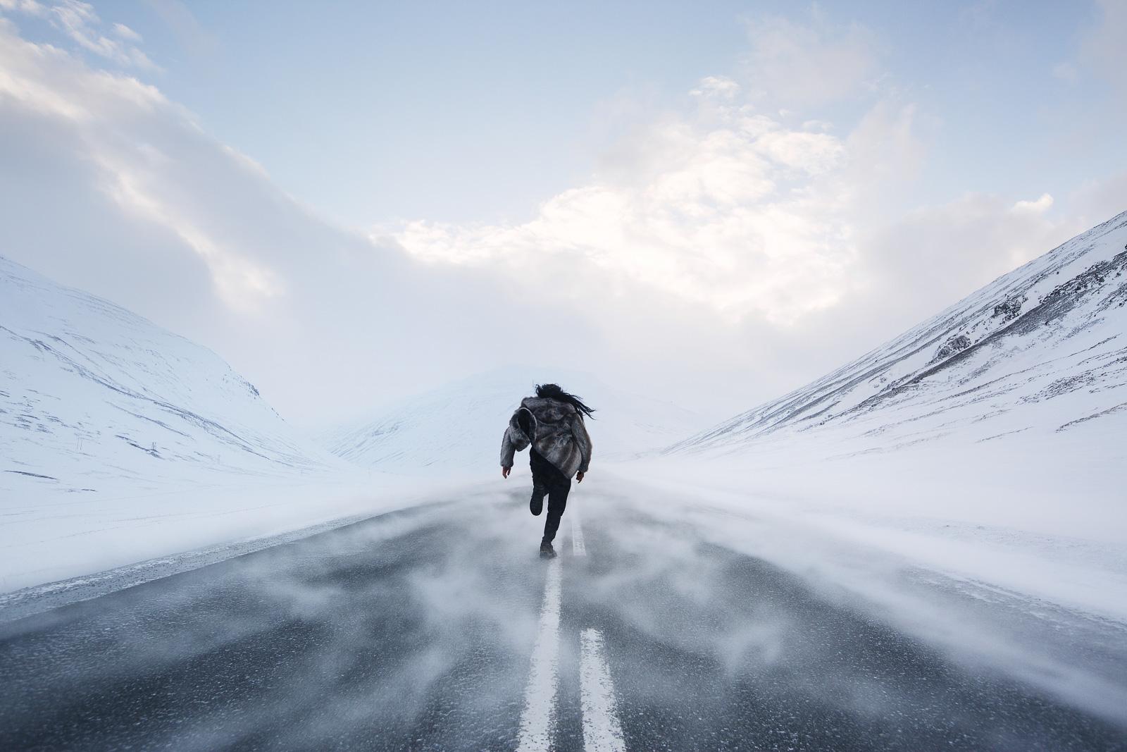 Man running in winter Jarrad Seng