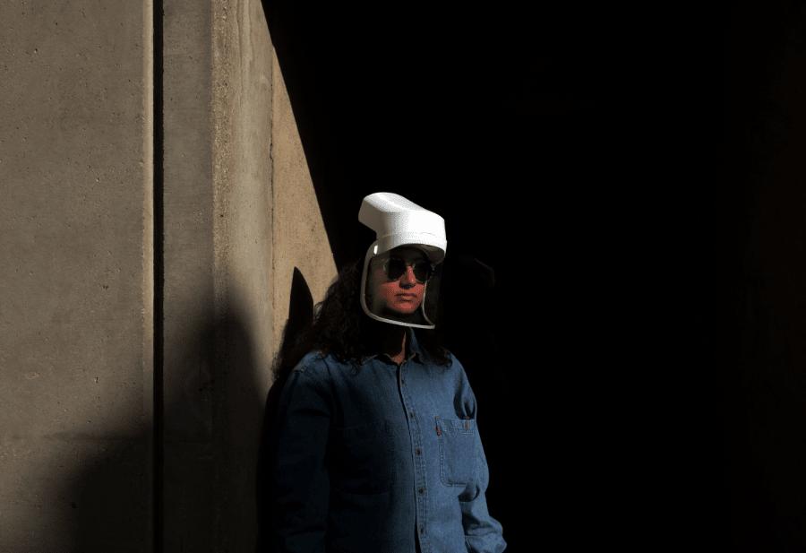 woman wearing uvisor helmet