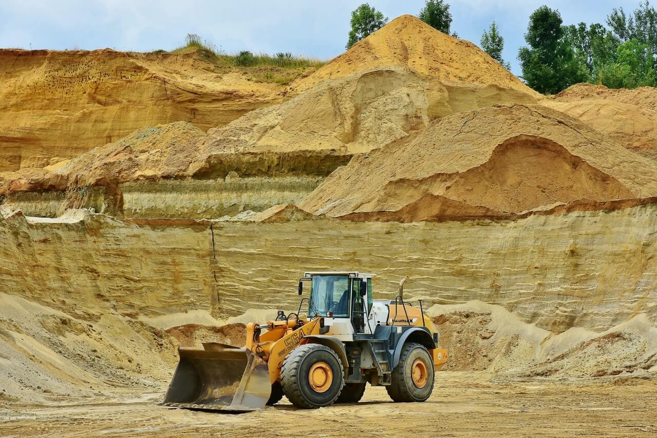 Mejorar el ROI corrigiendo el factor de potencia: El caso de las empresas de minería