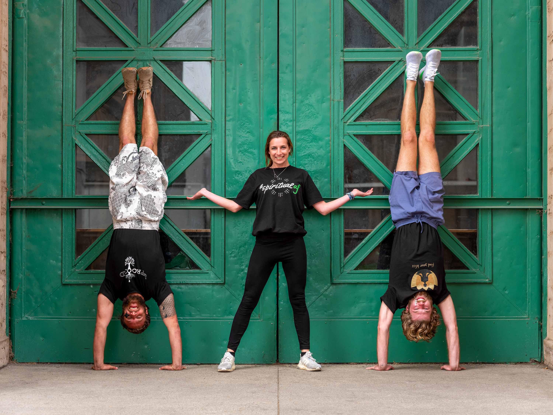 max barringer, max barringer yoga, max barringer instagram, max barringer palo alto