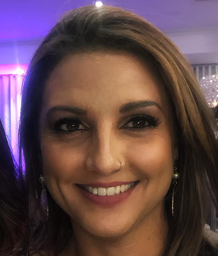 Profile picture of Helen Leris
