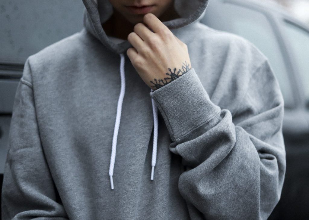 gray heather unisex independent pullover