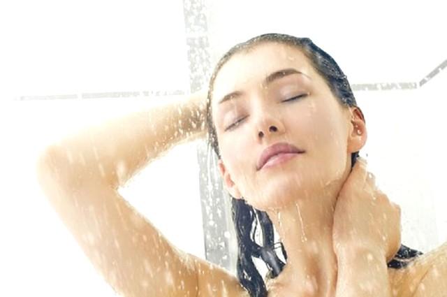 Sau khi phá thai có được tắm không