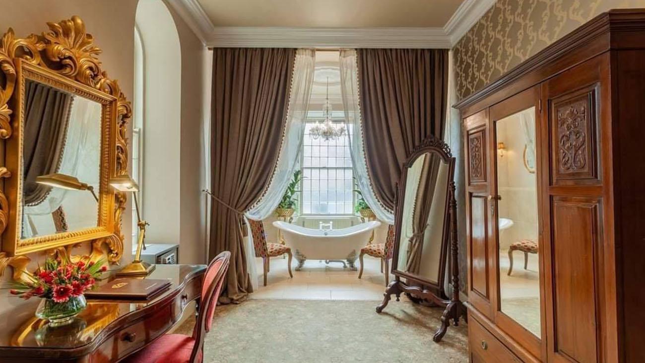 Cabra Castle Bathroom and Bedroom