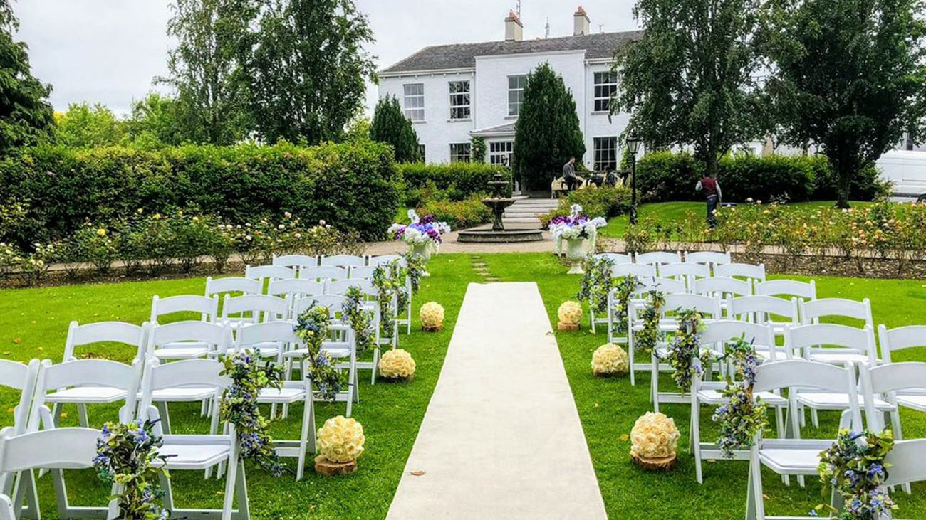 Audrey's Wedding Occasions Outdoor Decor