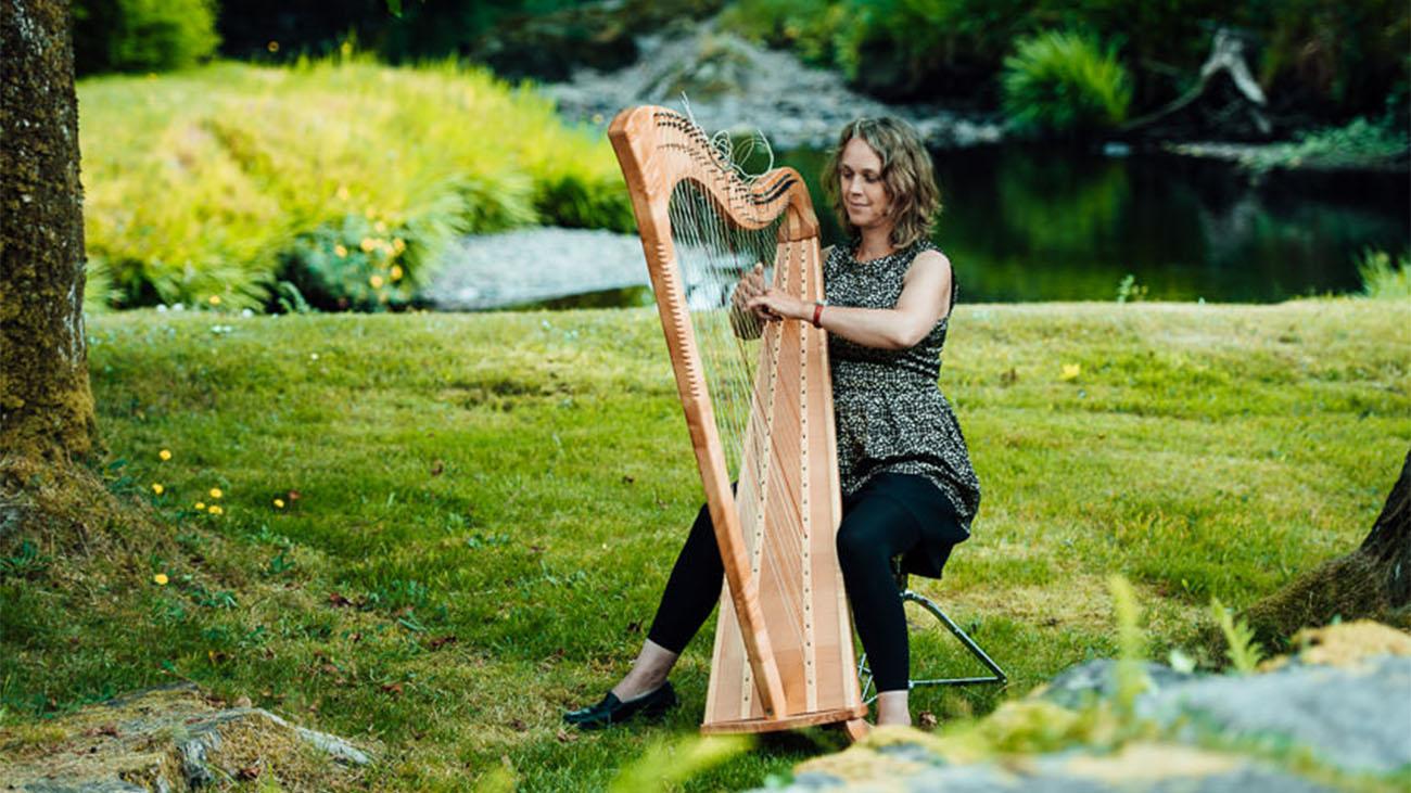 Reidun Lynch Wedding Harpist