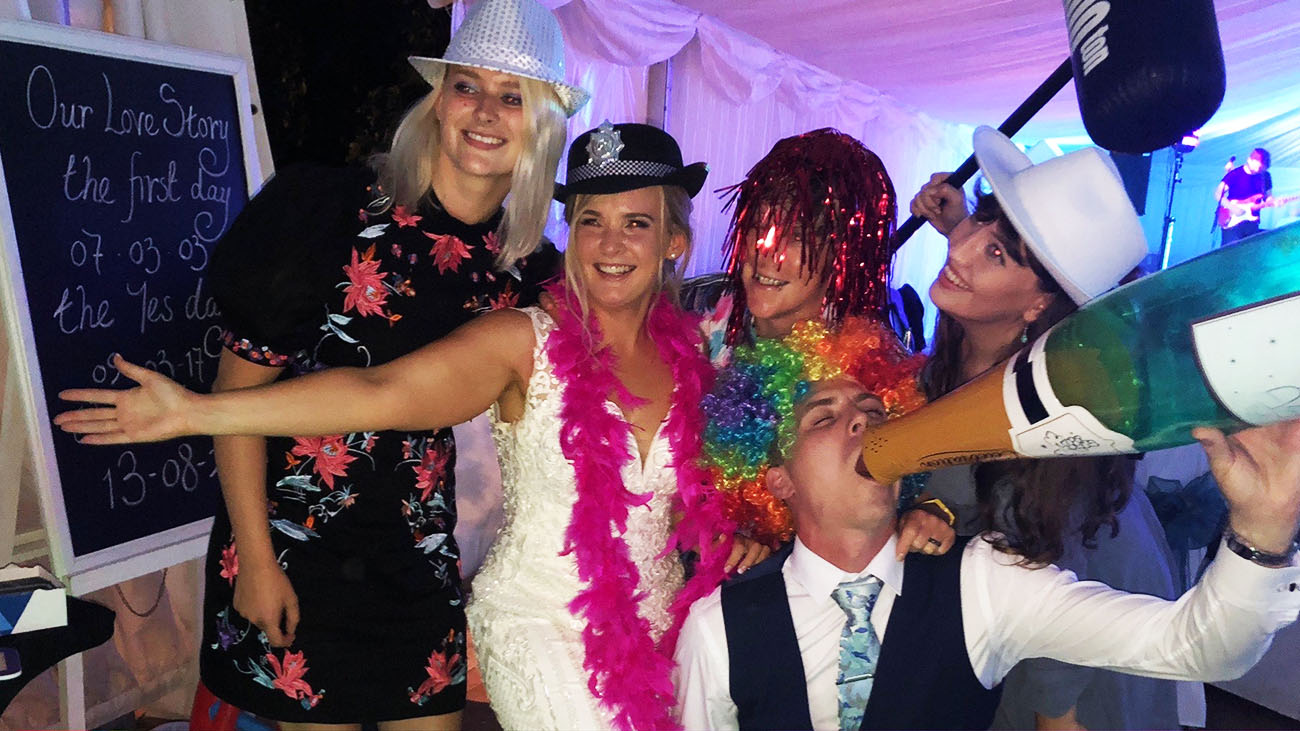 Sensational Events Wedding Party Selfie Mirror