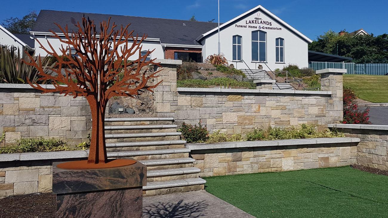 Lakelands Funeral Home & Crematorium Front