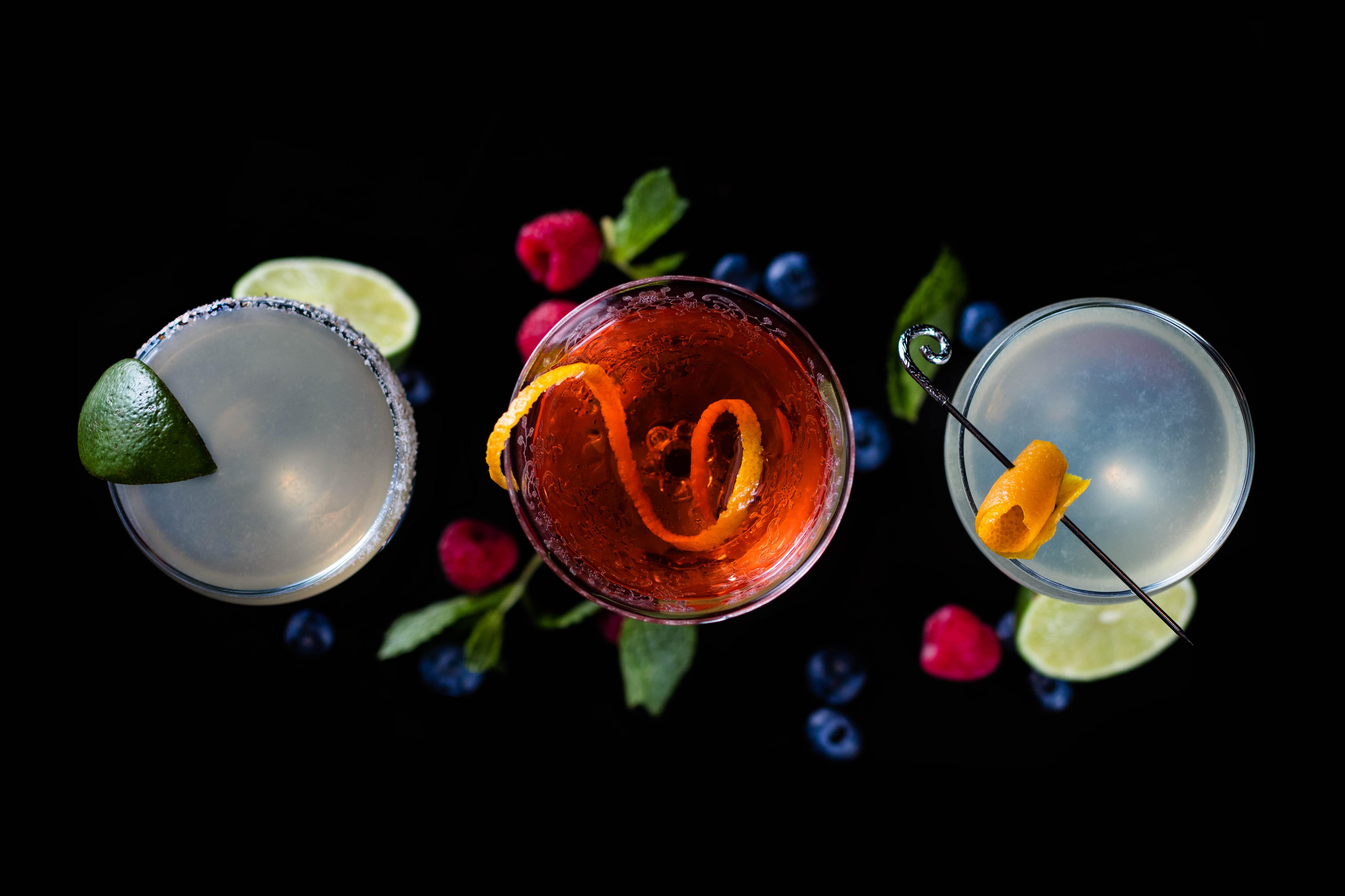 Cocktails at Bar 1919
