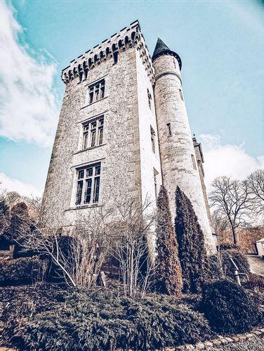 Radhadesh: Petite-Somme Castle