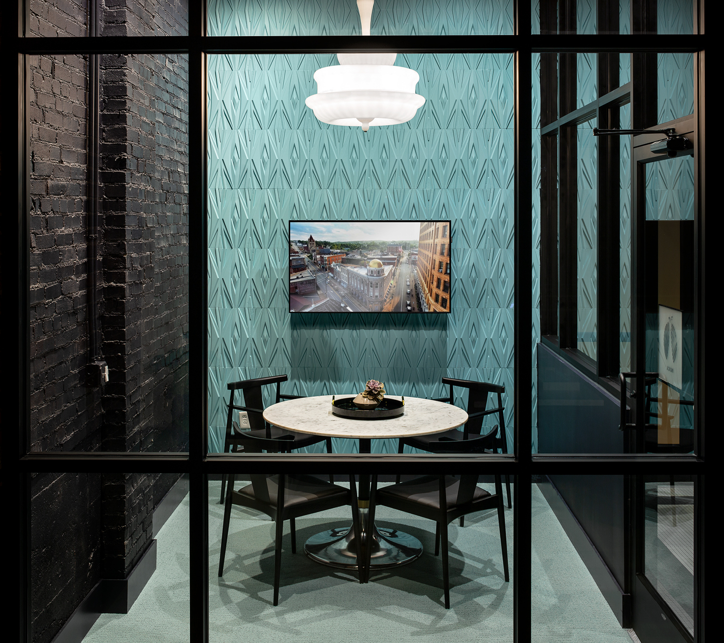 Let's talk privately: Design consultation for your consultation room