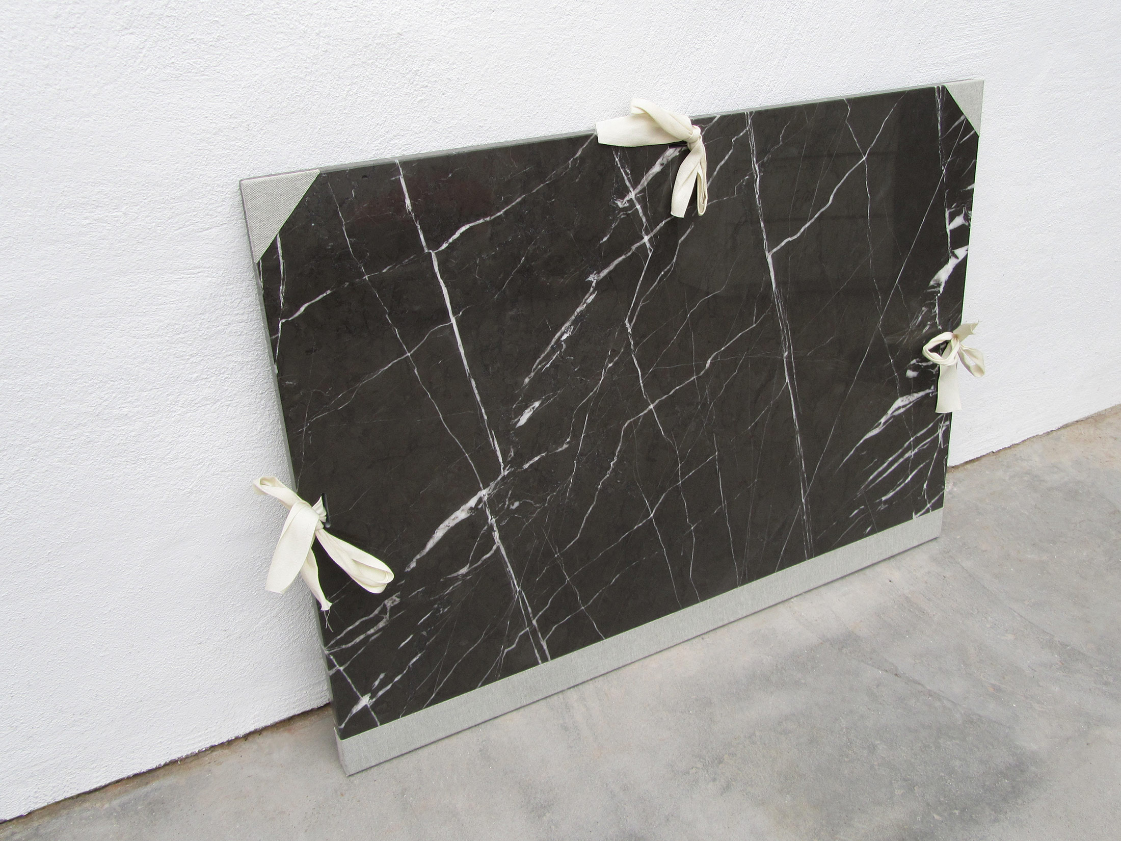 peter de meyer, sculpture, marble in black and white, online viewing room, fine arts