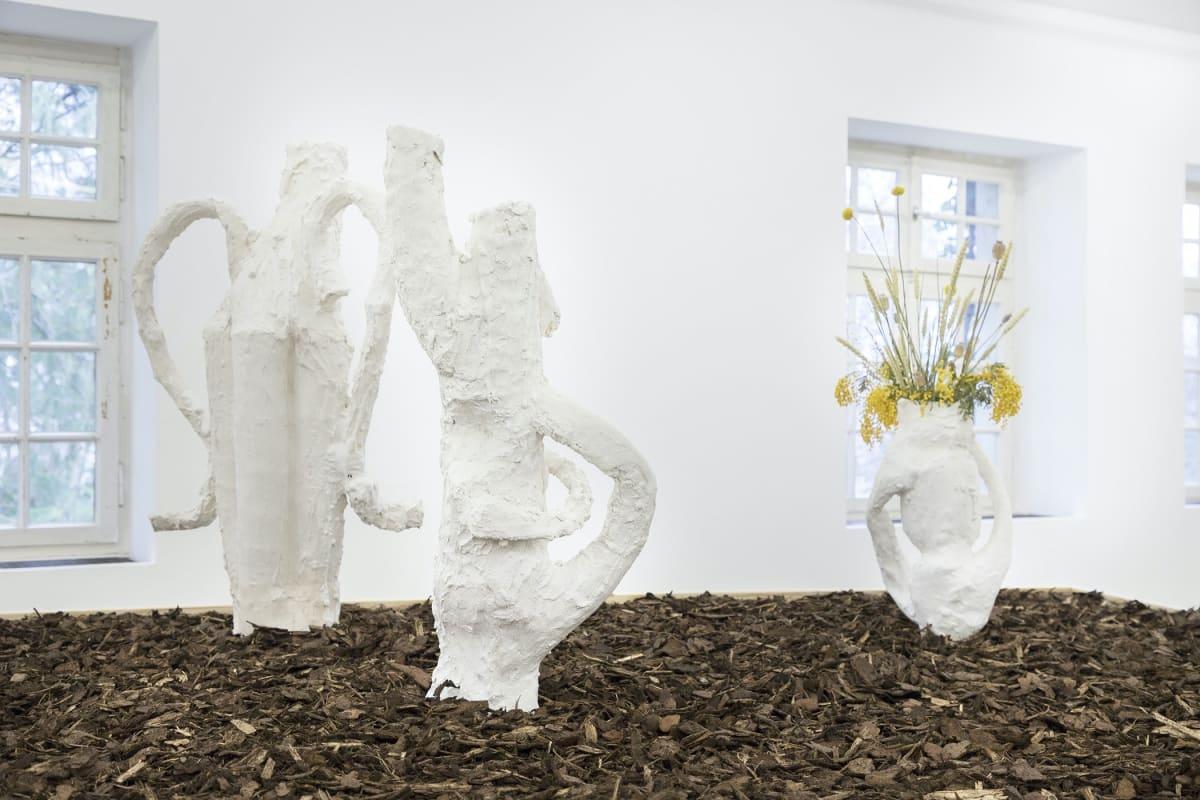 Drei Vasen von Timur Lukas nak munchies artist