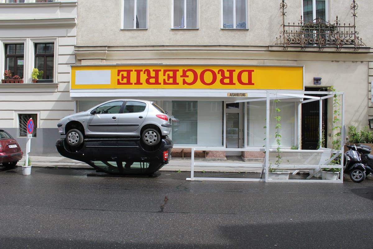 alfredo barbuglia, das wunder, public art, car sculpture , Vienna