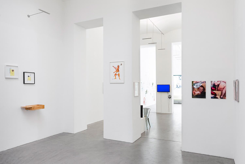 raum mit licht, gallery, Josef Zekoff artworks, curated by festival