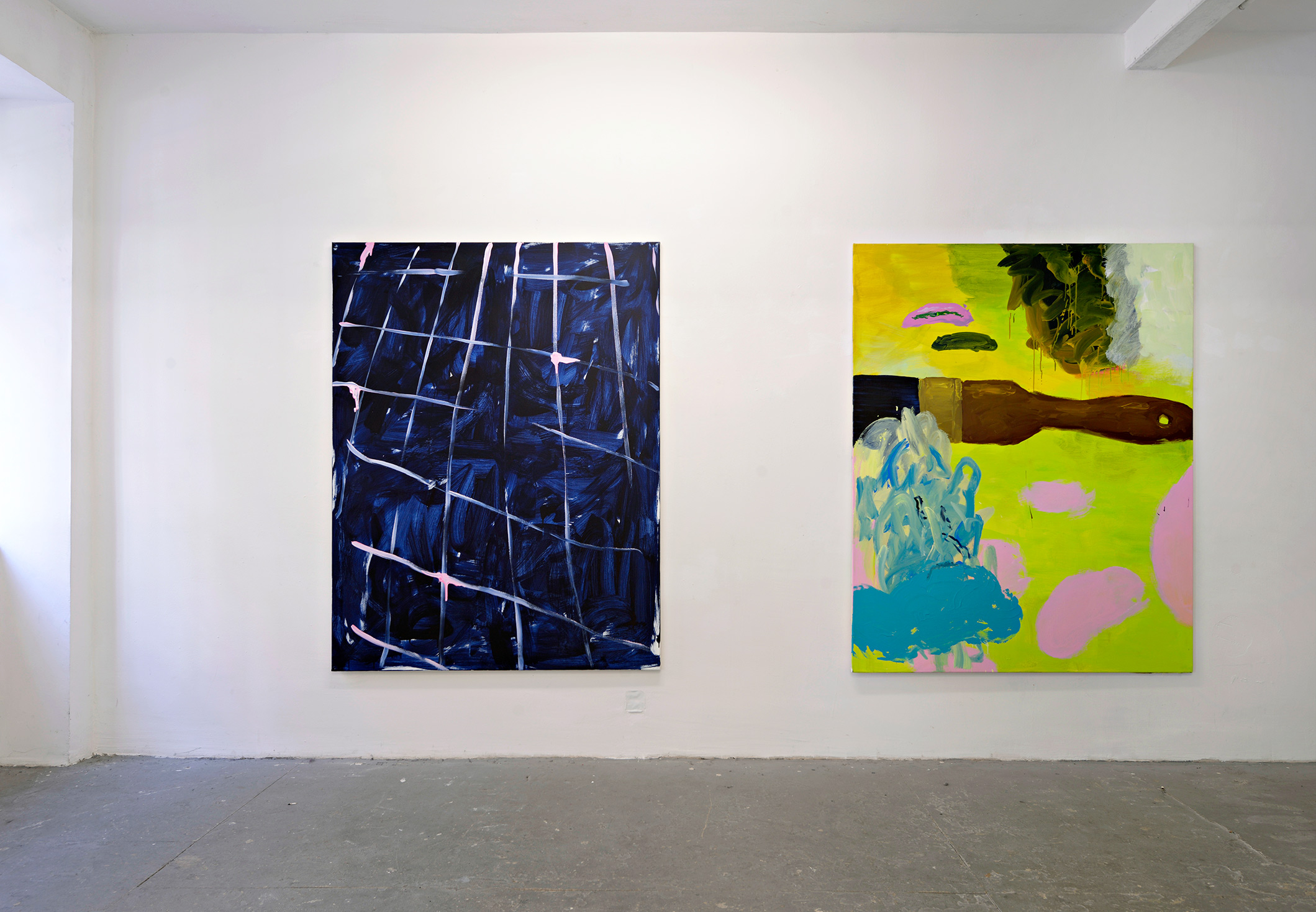 installation view, mathis bauer, two paintings, hanging on wall, netz, acrylic, spraypaint,
