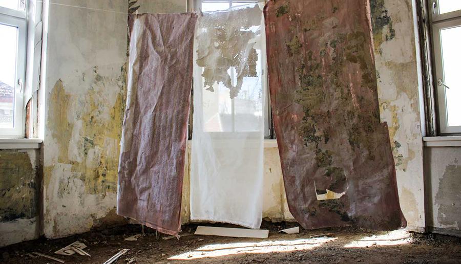 karo kuchar, spotlight, december, installation and art practice