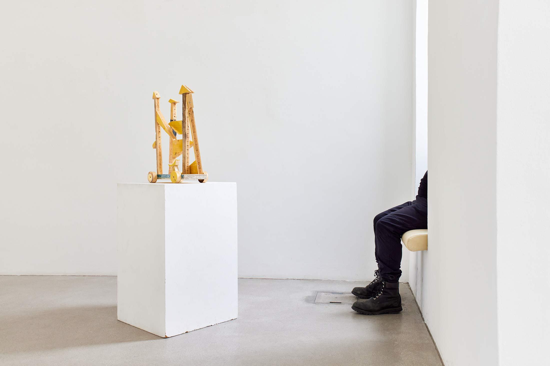 space wagon, artwork, installation view, exhibition, Raum mit Licht, ernst koslitsch