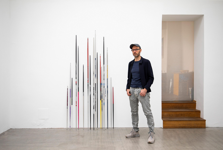 correction, irony, contemporary, conceptual art, austrian artist