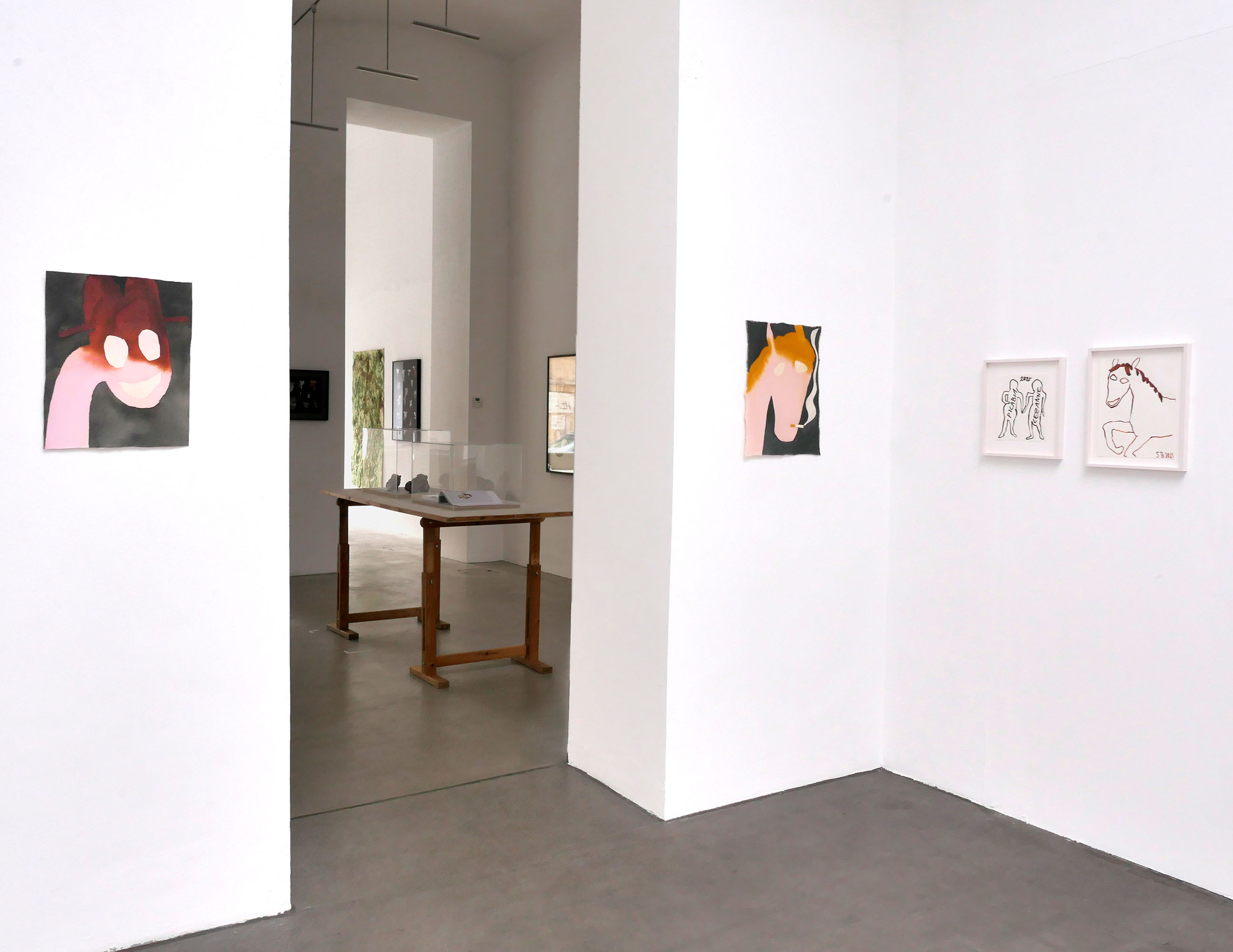 raum mit licht, contemporary art, drawing, pink horses, smoking,