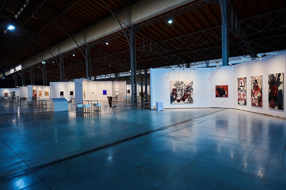 international, national, viewing room, new media and digital art
