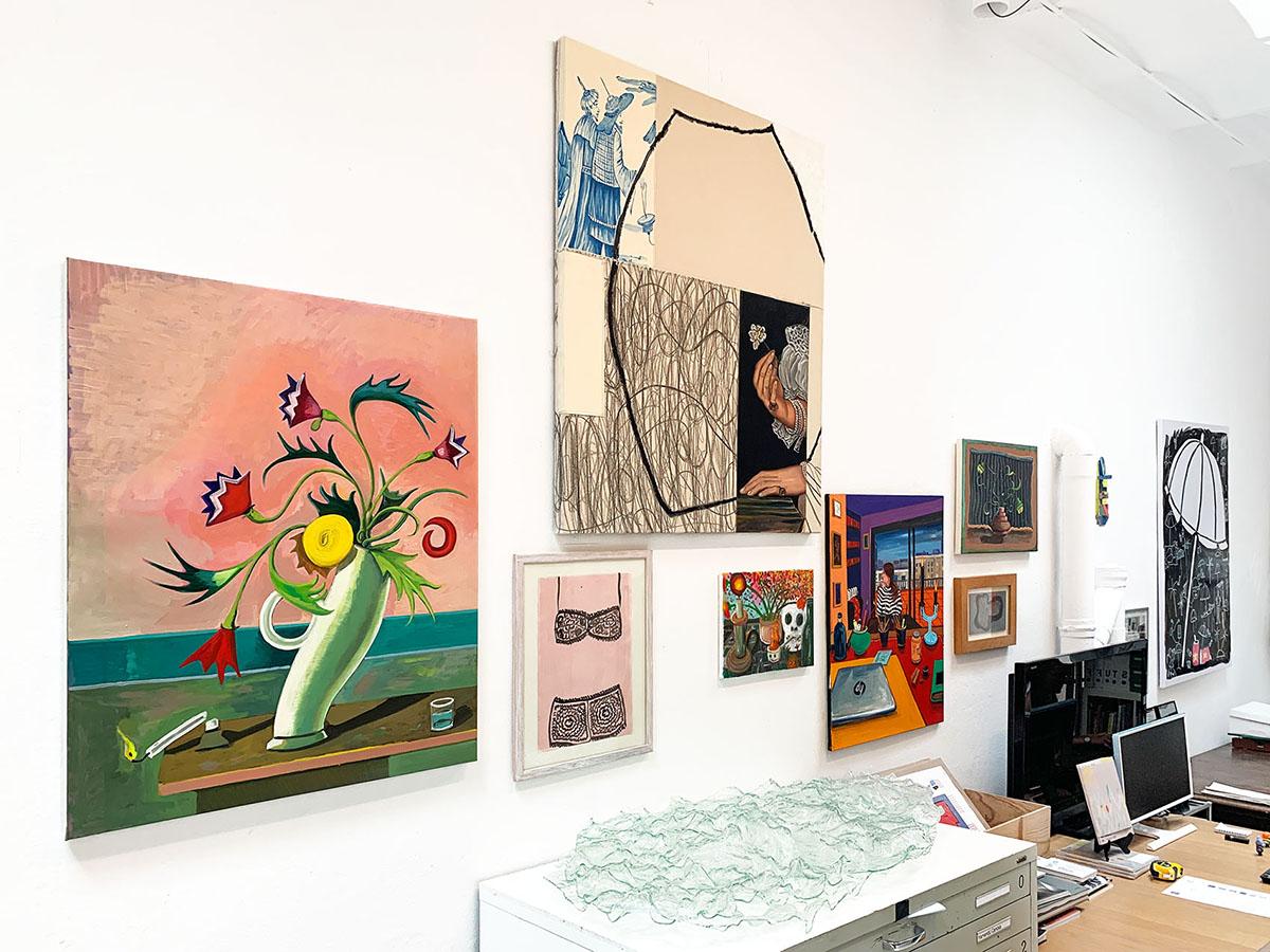 gllaerist, offince, installation, hanging art, international artists
