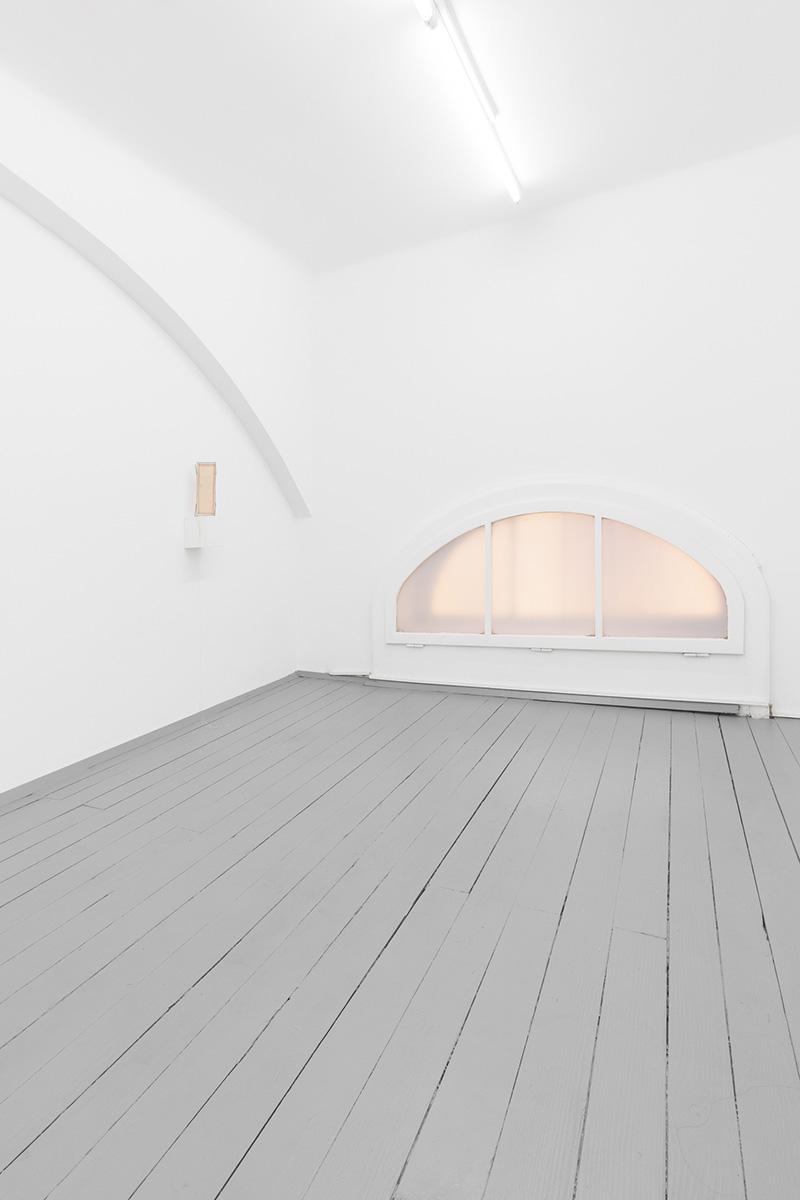 explore, learn, about art, modern, contemporary, sculptural, feminin