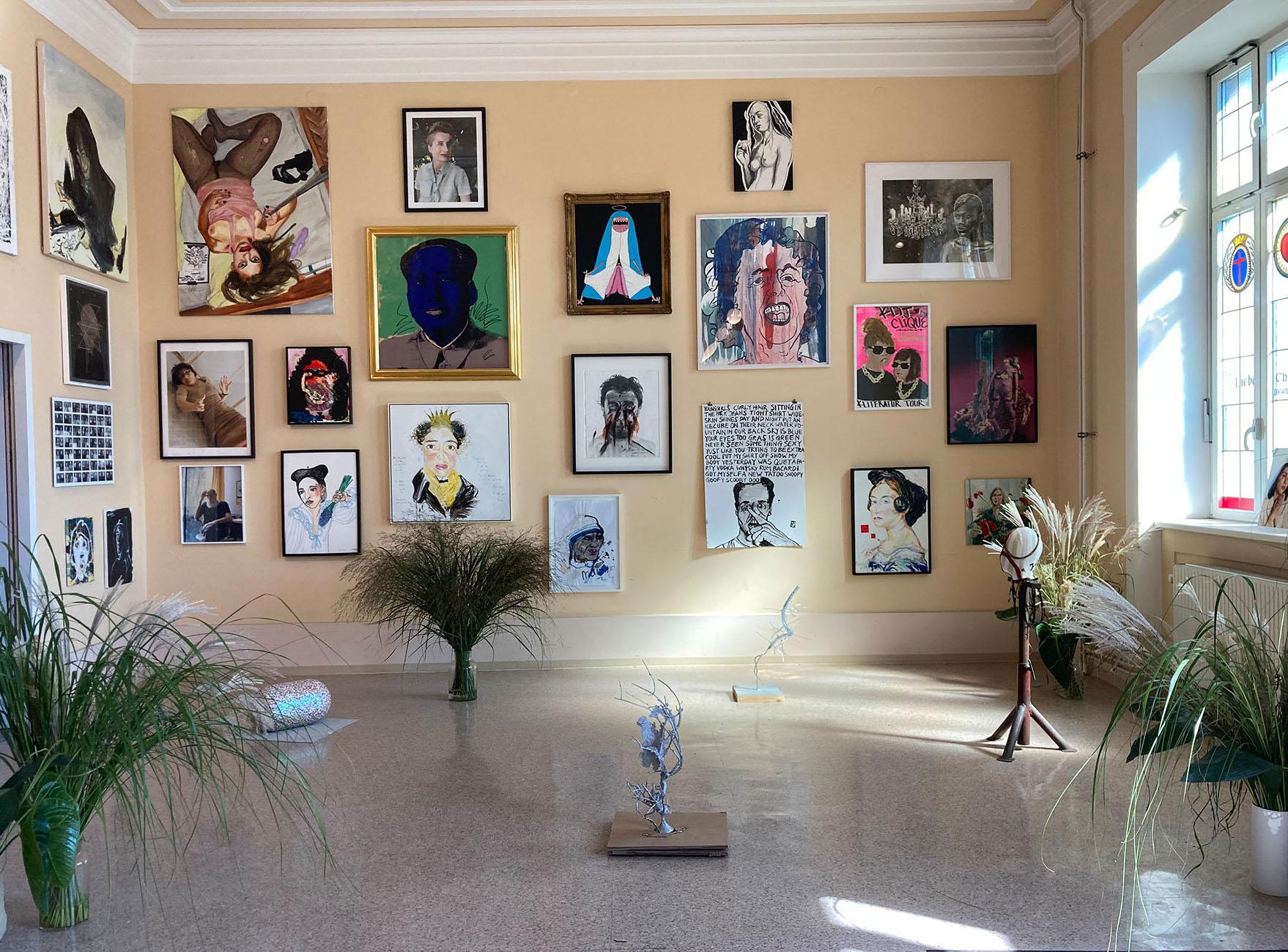 parallel vienna, 2021, art sculptural ,garden, indoors, curator statement,  büro weltausstellung