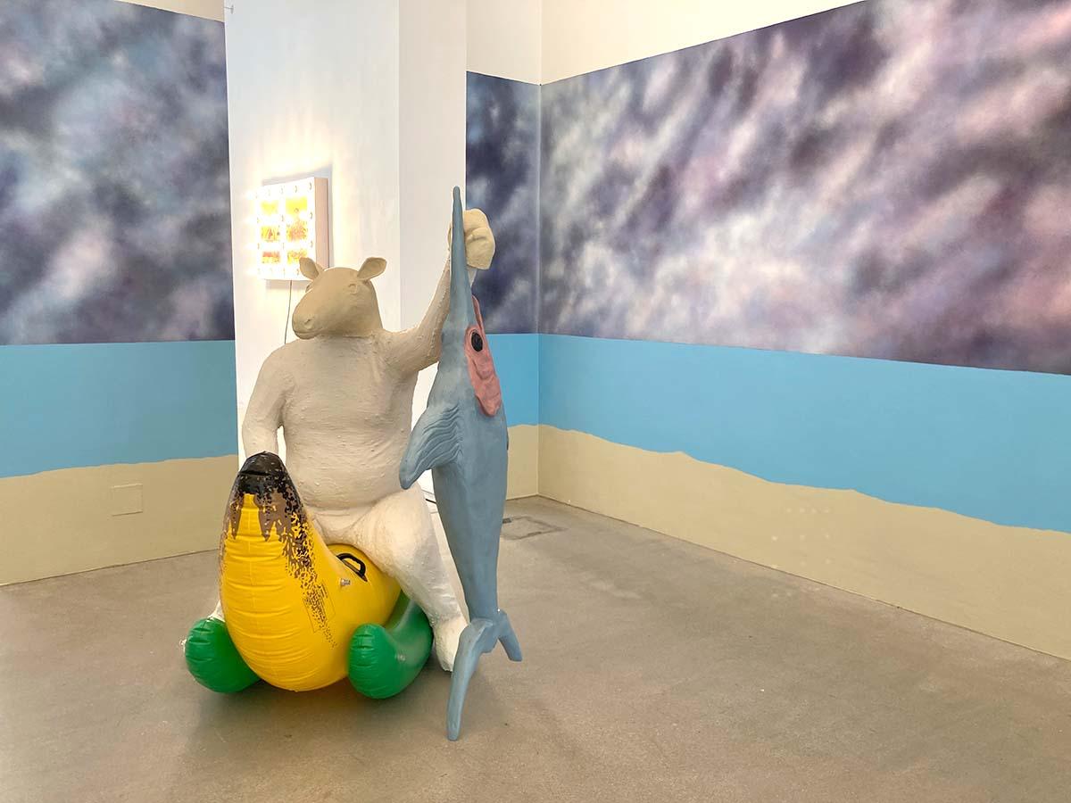 on view, art exhibition, painted wall, sculpture, gabriele edelbauer, artist