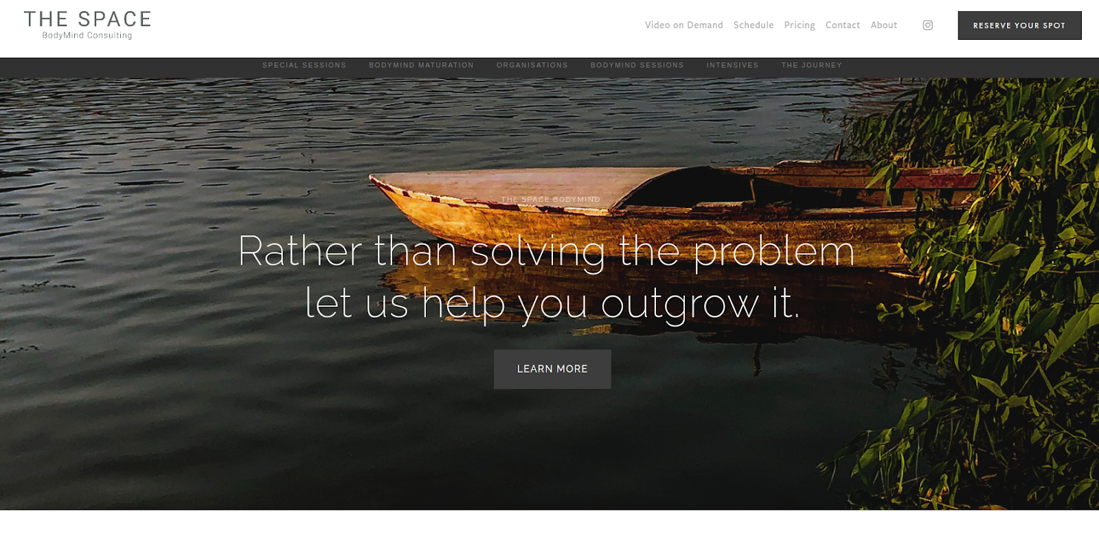 Space Bodymind Consulting's home page with a clean and peaceful design