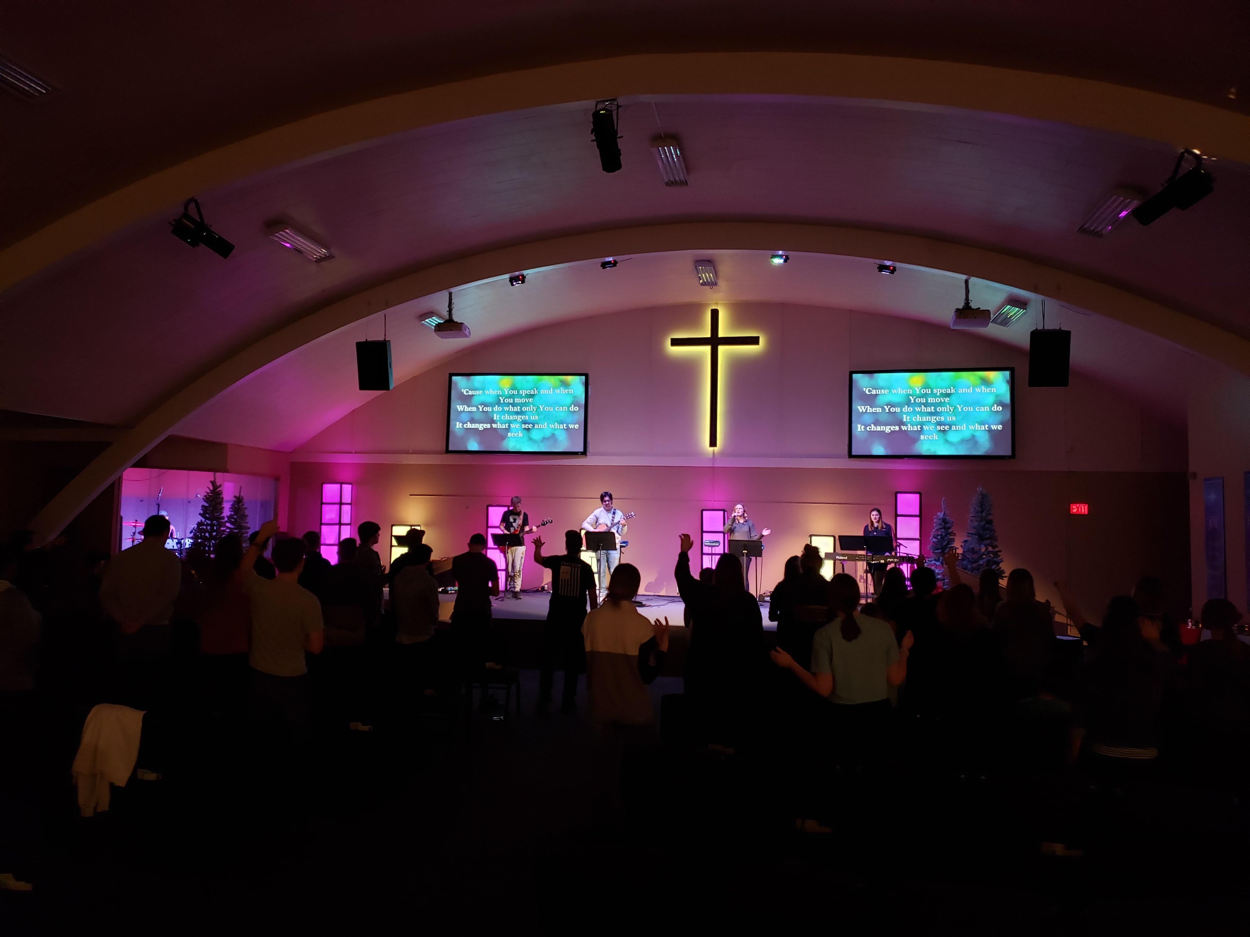 Youth Worshiping