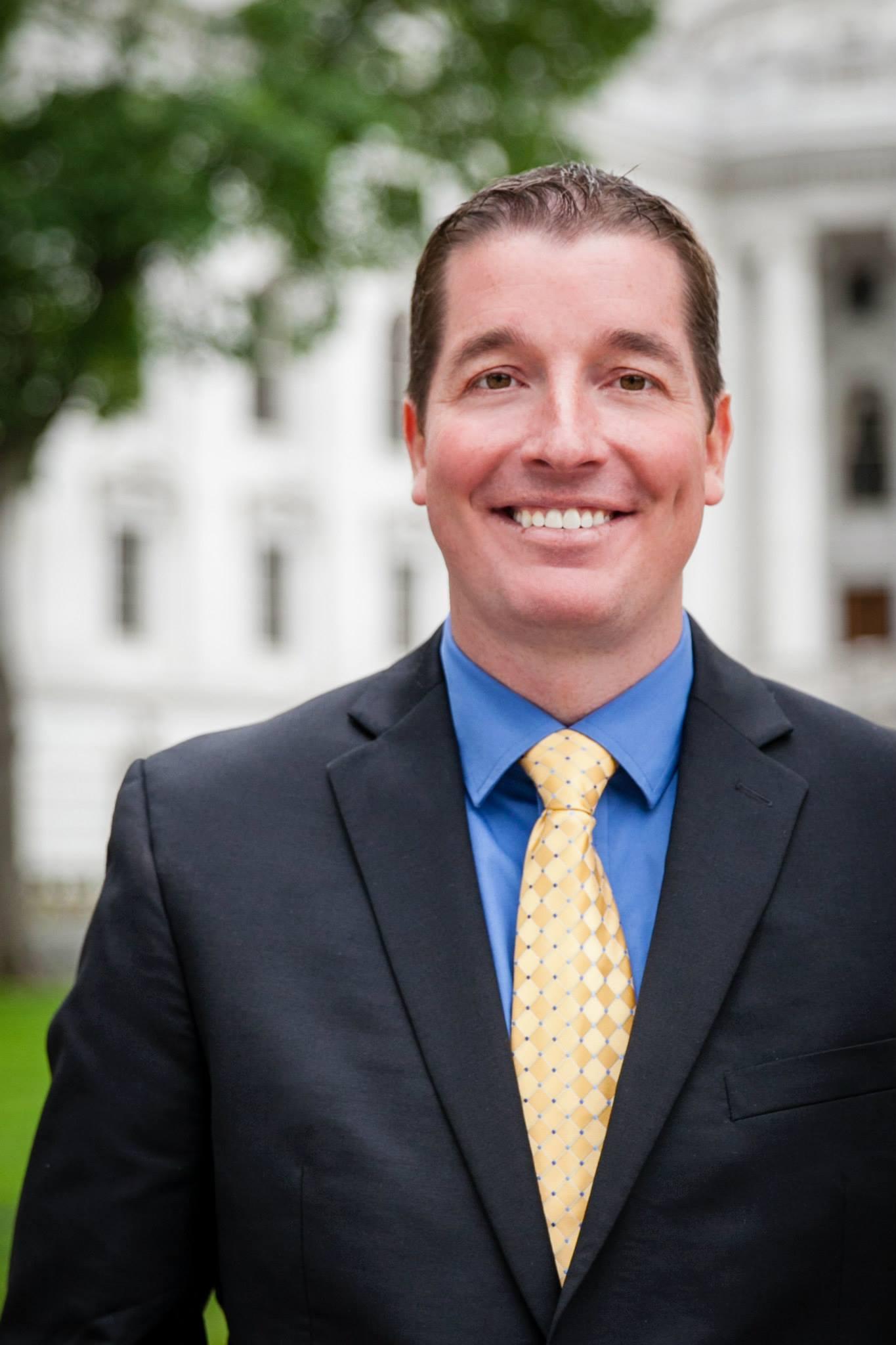 Tim Fandek Headshot Wisconsin DECA Director