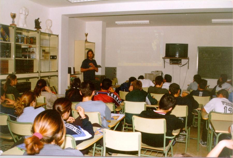 """Campaña de Educación al Desarrollo y Sensibilización """"Ríos de Solidaridad"""""""