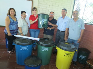 Contribución al pleno ejercicio y respeto de los derechos humanos en el ámbito municipal, con énfasis en: derecho al agua y saneamiento, a la equidad de género y a la participación política (El Salvador)