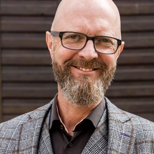 Holger J. Bub, Managing Partner at Buben & Mädchen GmbH