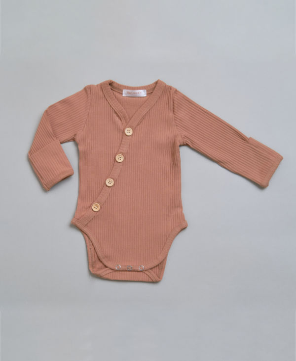 Ribbed baby boy mocha buttoned onesie / long sleeve baby romper