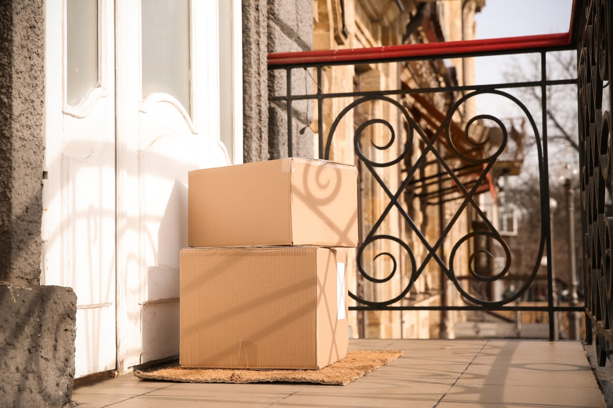 drop surfing: packages left by the door