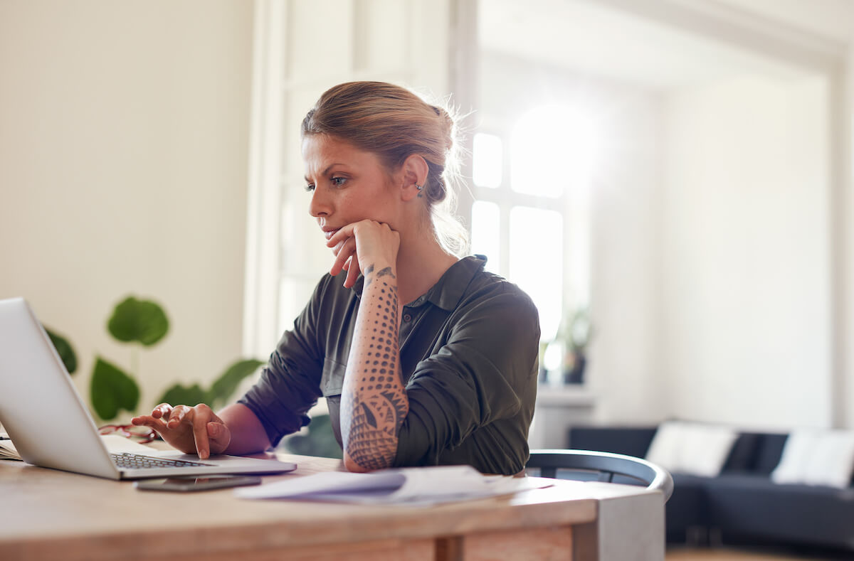 B2B sales funnel: woman working at home